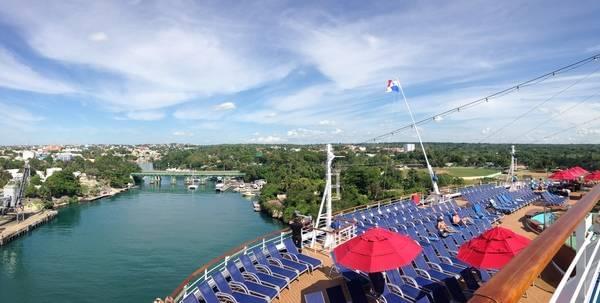 La Roman Cruise Port